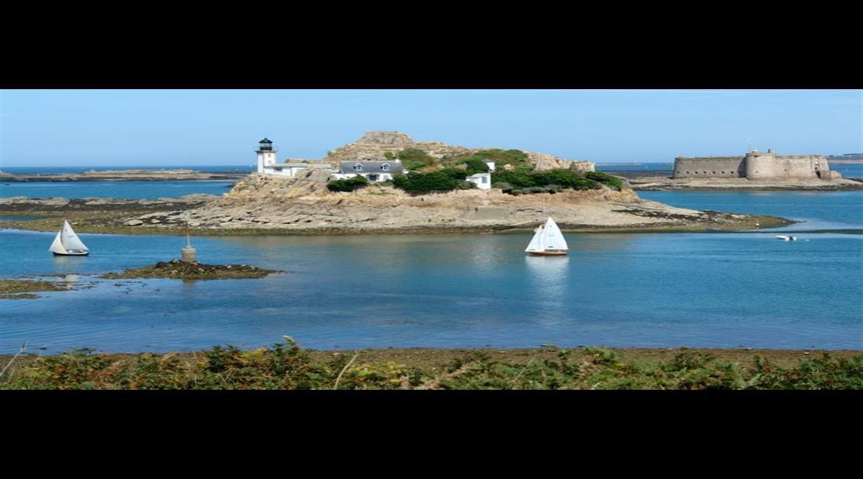 BRETAGNE : La randonnée sur l'antenne France Bleu Breizh Izel